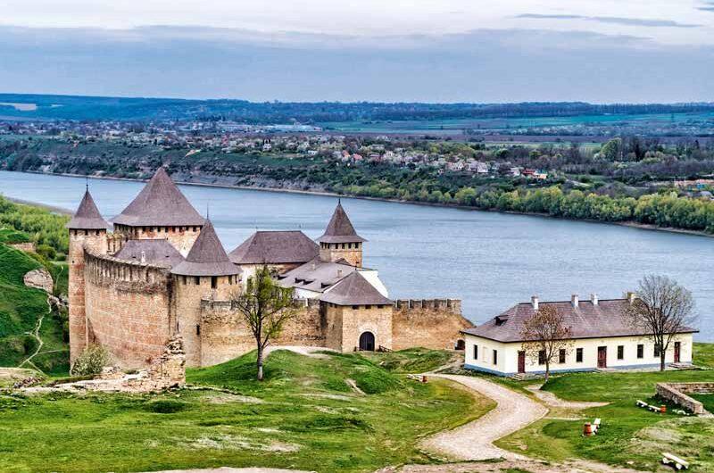 Древний город Украины — Каменец-Подольский